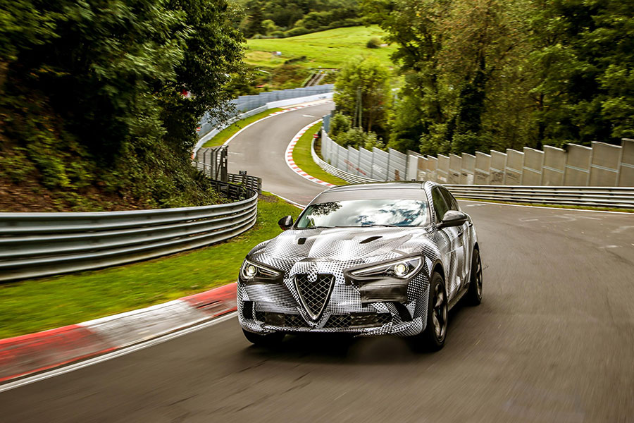 ALFA ROMEO STELVIO QUADRIFOGLIO NEW RECORD ARAB MOTOR WORLD-02