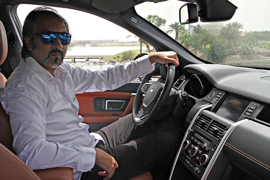 ARAB MOTOR WORLD LAND ROVER DISCOVERY SPORT TEST DRIVE-02