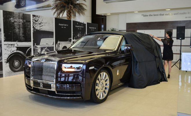 New-Phantom-EWB_RR-Abu-Dhabi-ARAB Motor World 01