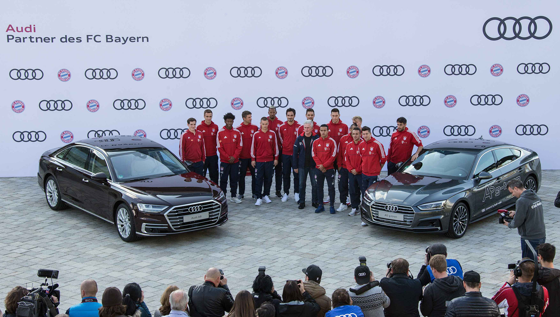 New-company-cars-for-the-FC-Bayern-Munchen