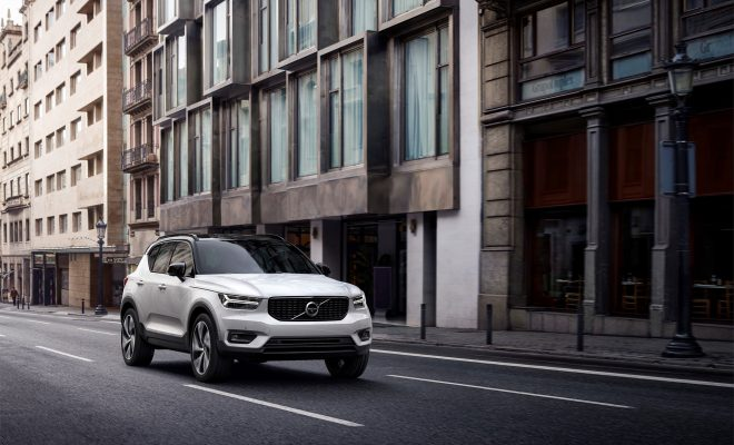 Volvo_XC40_Arab-Motor-World-01