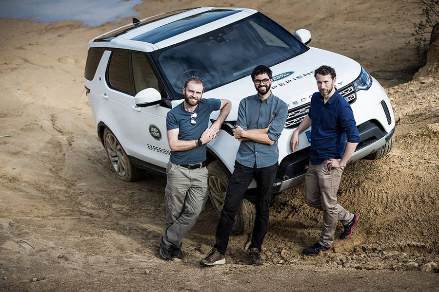 Land-Rover-Discovery-Expedition-(2)-Arab-Motor-World