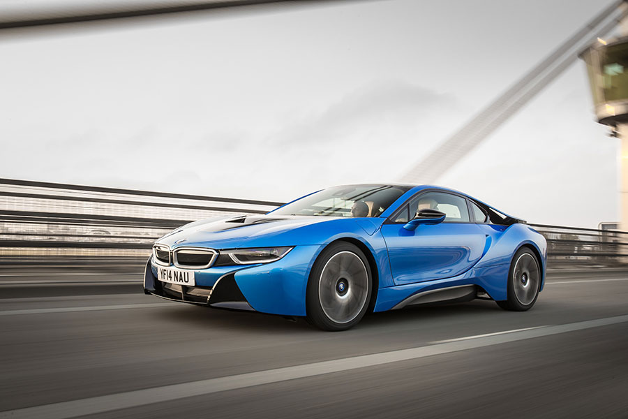 P90157251_highRes_the-bmw-i8