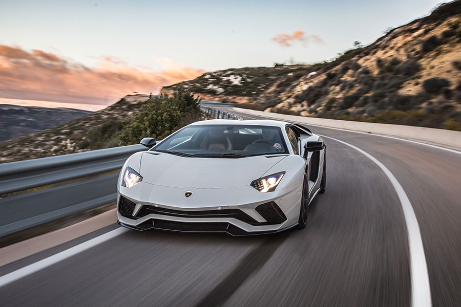 Aventador-S-Arab-Motor-World