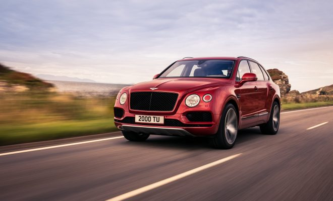 Bentley Bentayga V8-Arab-Motor-World-00