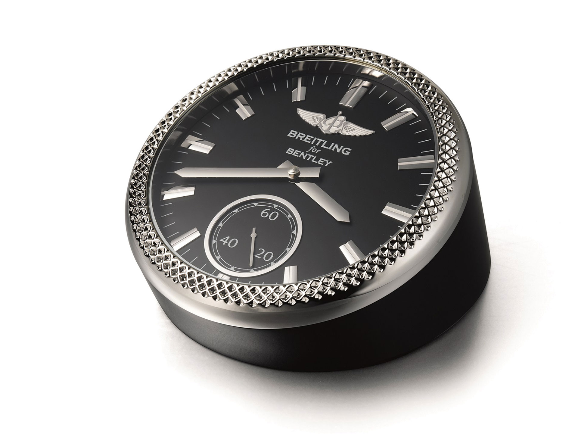 Breitling-for-Bentley-Desk-Watch-Arab-Motor-World