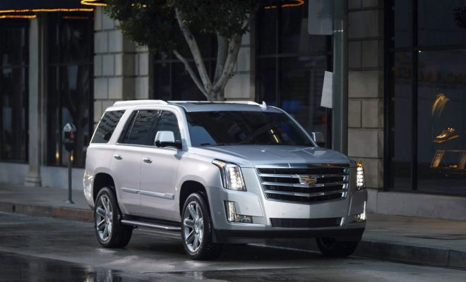 Cadillac-2018-Escalade-Arab-Motor-World-1