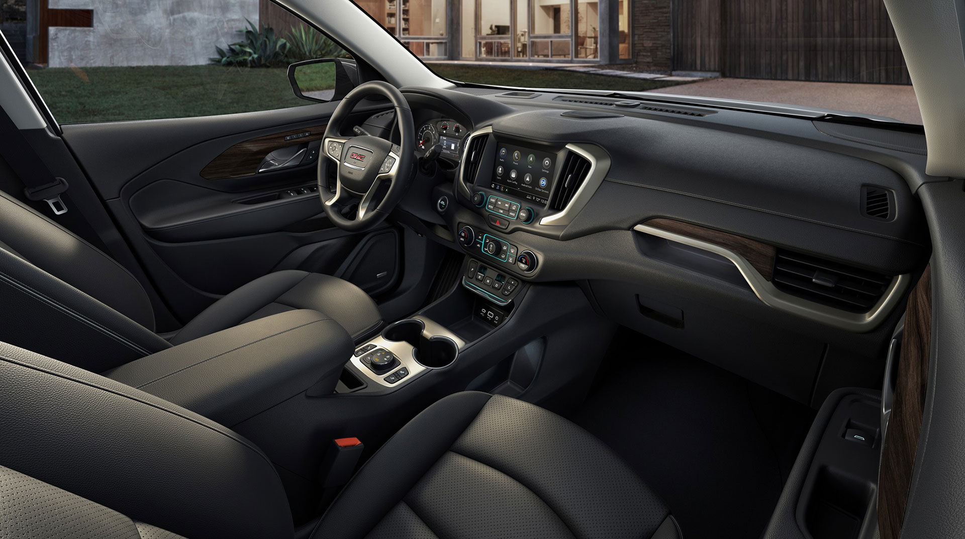GMC-Terrain-Denali-Arab-Motor-World-3