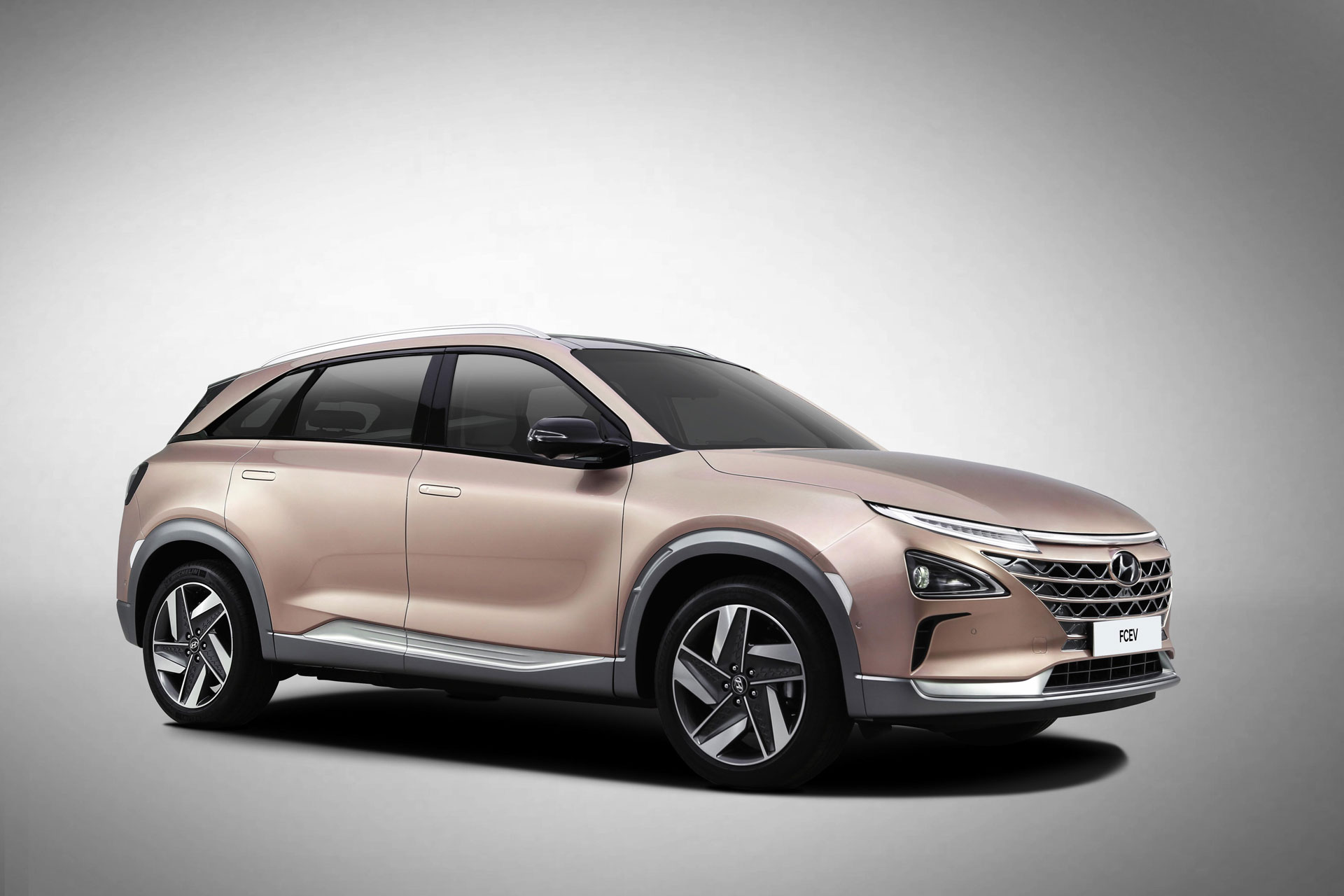 Hyundai-Motor-at-CES-(FCEV)-Arab-Motor-World