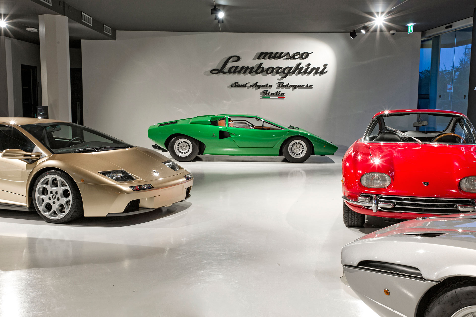 Lamborghini-Museum-Arab-Motor-World-01
