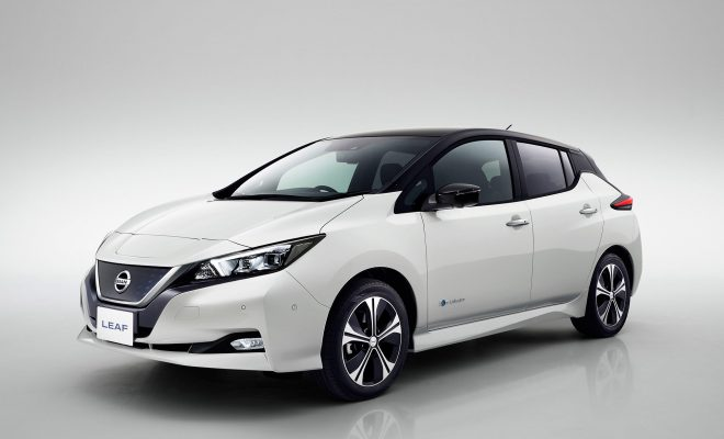 Nissan-LEAF-Arab-Motor-World-00