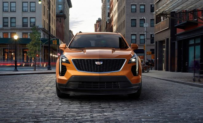 2019-Cadillac-XT4-Arab-Motor-World-02