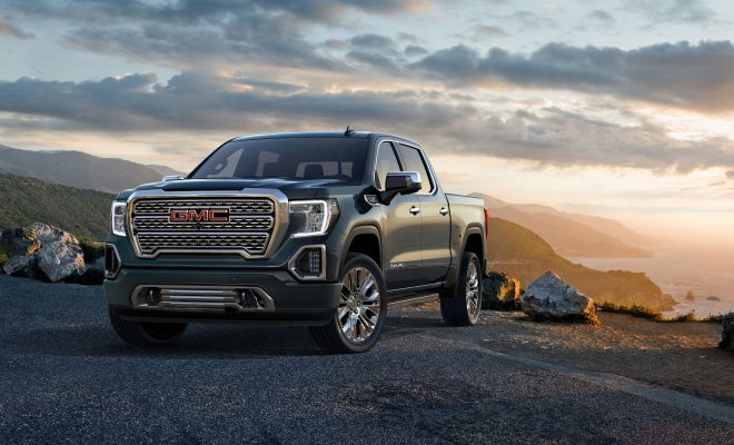 2019-GMC-Sierra-Denali-Arab-Motor-World-01
