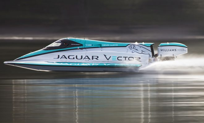 R- JAGUAR-VECTOR-RACING-BREAK-MARITIME-ELECTRIC-WORLD-RECORD-Arab Motor World