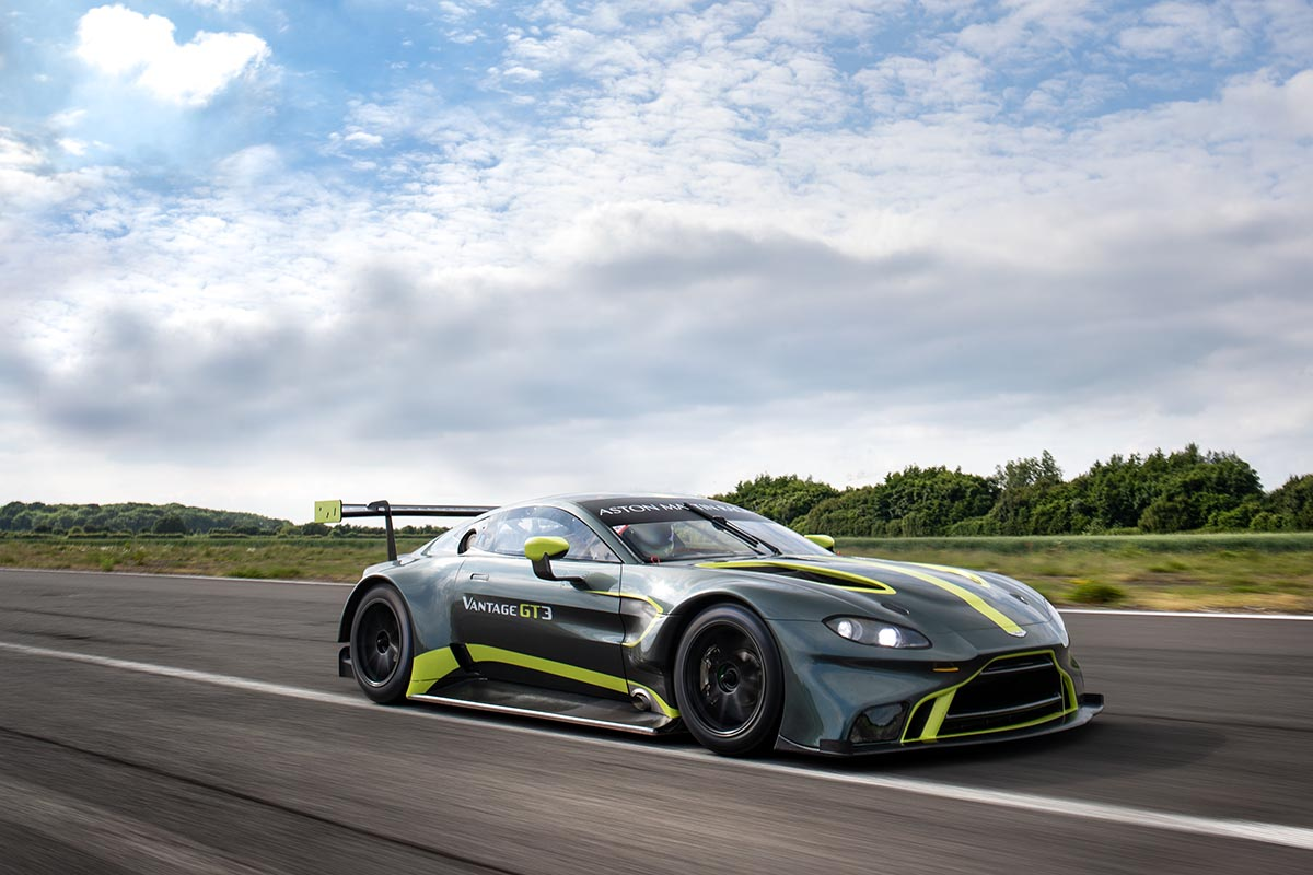 Aston Martin Racing - Arab Motor World 4