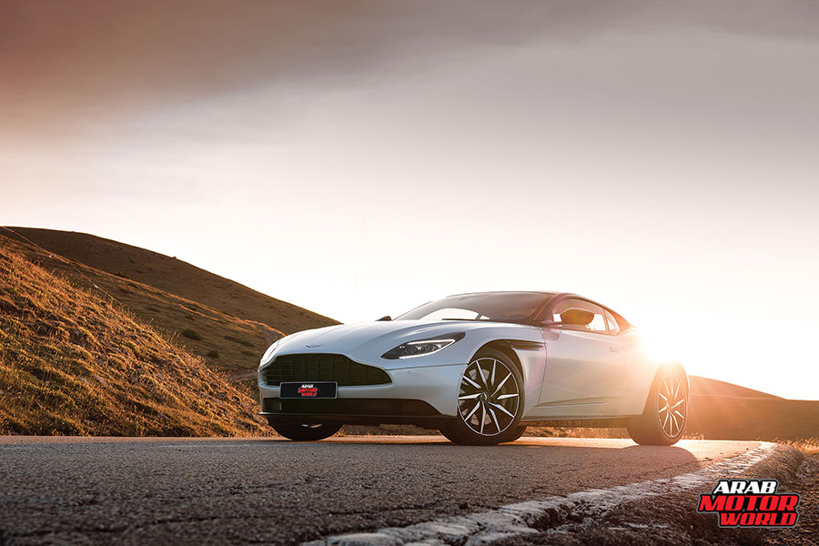 ASTON-MARTIN-DB11-2018-TEST-DRIVE-01