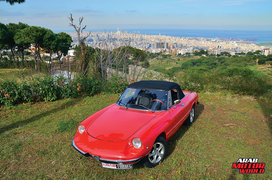 Alfa-Romeo-Spider-Classic-Arab-Motor-World-01