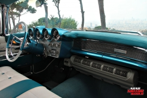 1960 Lincoln Continental Mark V Convertible Classic Cars (17)