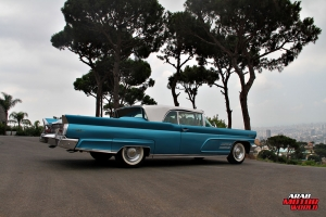 1960 Lincoln Continental Mark V Convertible Classic Cars (2)