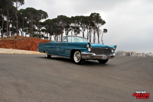 1960 Lincoln Continental Mark V Convertible Classic Cars (27)