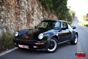 1987-PORSCHE-911-Turbo-(930)-Arab-Motor-World-01