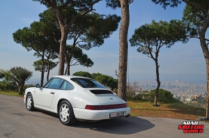 1990-Porsche-911-Carrera-4-Arab-Motor-World-02