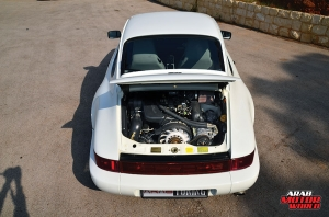1990-Porsche-911-Carrera-4-Arab-Motor-World-06