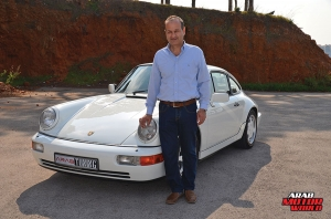 1990-Porsche-911-Carrera-4-Arab-Motor-World-09