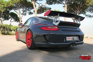 2011-PORSCHE-GT3-RS-Arab-Motor-World-02