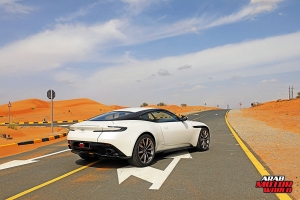 ASTON-MARTIN-DB11-2018-TEST-DRIVE-03