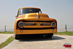 Ford F-100 Classic Muscle Car Truck (3)
