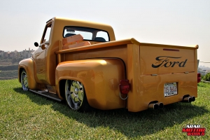 Ford F-100 Classic Muscle Car Truck (8)