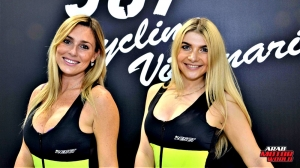 Girls Babes of EICMA 2018 (11)