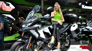 Girls Babes of EICMA 2018 (16)