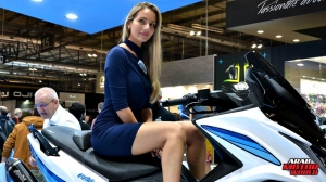 Girls Babes of EICMA 2018 (17)
