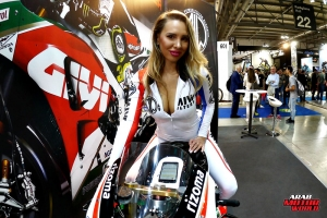 Girls Babes of EICMA 2018 (39)