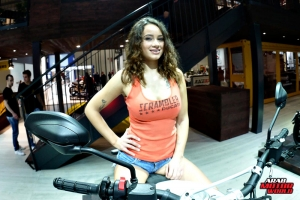 Girls Babes of EICMA 2018 (42)