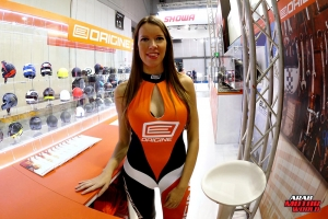 Girls Babes of EICMA 2018 (43)