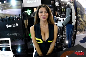 Girls Babes of EICMA 2018 (45)