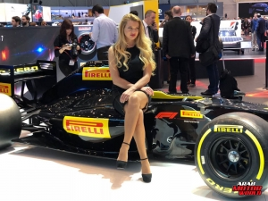 Girls of Geneva Motor Show 2018 Arab Motor World (14)
