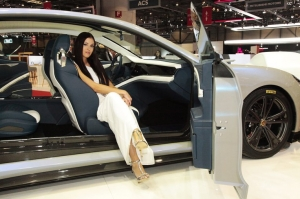 Girls of Geneva Motor Show 2018 Arab Motor World (27)