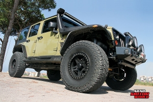 Hemi-Extreme-Jeep-Xtreme4x4-Arab-Motor-World-02