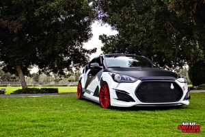 Hyundai Veloster - Arab Motor World (11)