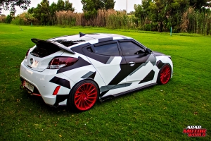 Hyundai Veloster - Arab Motor World (16)