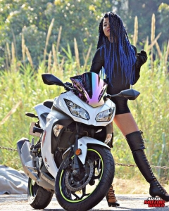 Kay-Jalek-She-Challenges-Arab-Motor-World-06
