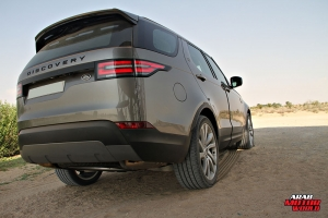 Land Rover Discovery test Drive Arab Motor World (2)