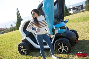 Renault-Twizy-Test-Drive-Arab-Motor-World-09