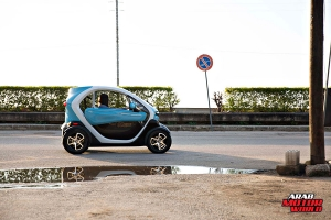 Renault-Twizy-Test-Drive-Arab-Motor-World-15