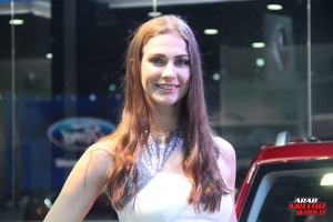 The Girls of Dubai Motor Show (10)