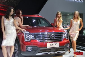 The Girls of Dubai Motor Show (13)